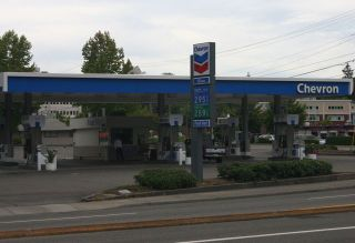 Gas Station Chevron IMG_2388_3
