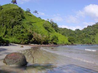 Isla_del_Coco-chatham_beach