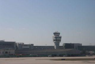 Miami Airport Straighten 2 IMG_8771_2
