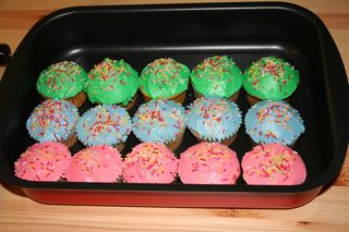 Cupcakes Colored Icing