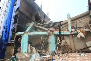 Bangladesh Building Collapse 2013_savar_building_collapse