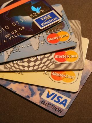 Credit-Card_Visa-MasterCard_132694-360x480
