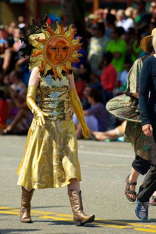 Fremont_Solstice_Parade_2013_20_(9237688130)