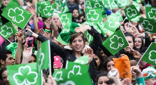 St. Patrick's Day Crowd Main_stpatricksday201446666_6193