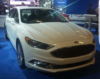 Ford_Fusion_(MIAS_'17)