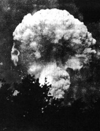 HiroshimaCloudGroundLarge