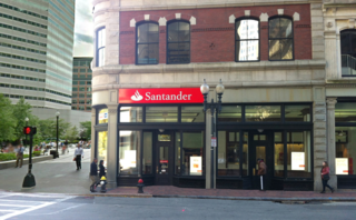 Santander-Summer-Street-Boston
