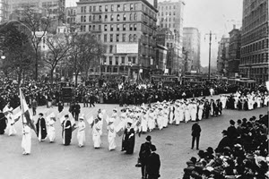 Suffragists March in 1917