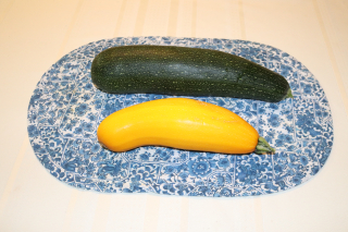 Zucchinis Large Green Yellow 9-16-21