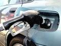 Gas_pumping_free_975887_3